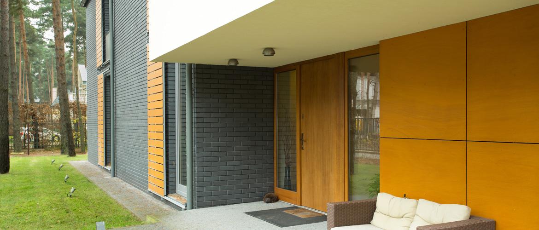 transformer une porte pleine en porte vitre porte coulissante en verre bleu porte pleine ou. Black Bedroom Furniture Sets. Home Design Ideas